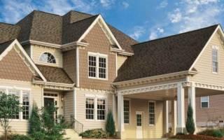 Чем дешевле обшить дом сайдингом или профлистом?