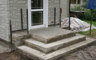 Залить ступеньки к крыльцу из бетона