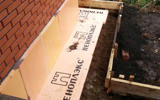 Как утеплить фундамент дома пеноплексом?