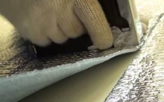 Чем приклеить изолон к бетону?