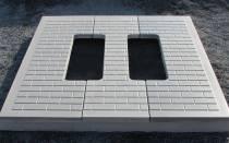 Противоусадочные плиты под памятник