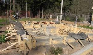 Сколько должен стоять фундамент перед постройкой дома?