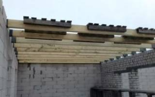 Установка балок Перекрытие в деревянном доме