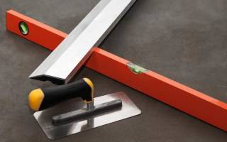 Как выровнять бетонный пол под плитку?