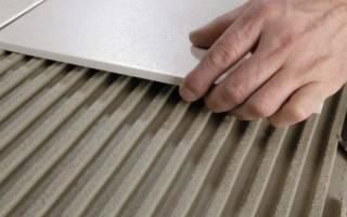 Чем приклеить керамическую плитку к бетону?