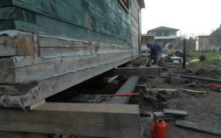 Как поднять фундамент деревянного дома своими руками?
