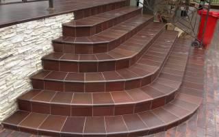 Плитка для лестничных ступеней в доме