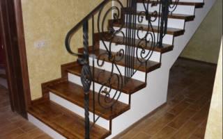 Монтаж деревянных ступеней на бетонное основание